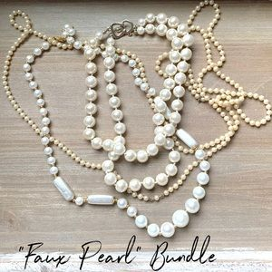 Faux pearl vintage necklace bundle lot